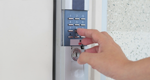 Self Storage Door Alarms: Visible Security